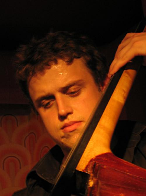 Der Bassist von David Huhn