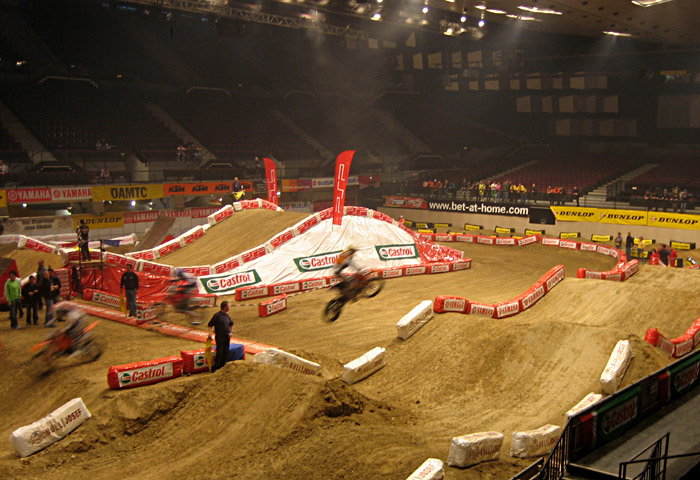 Training zum SuperCross in der Stadthalle Wien