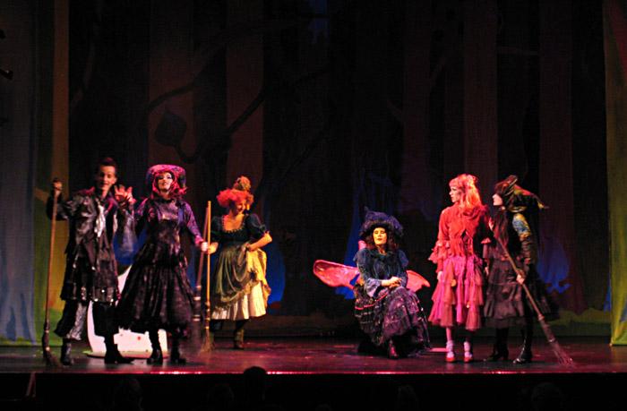 Die kleine Hexe im St. Pauli Theater