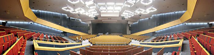 Bühne Saal 2 im CCH