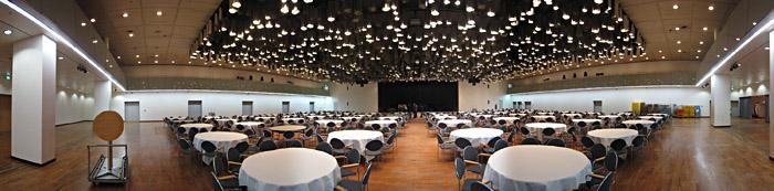 Blick auf die Bühne in Saal 3 im CCH