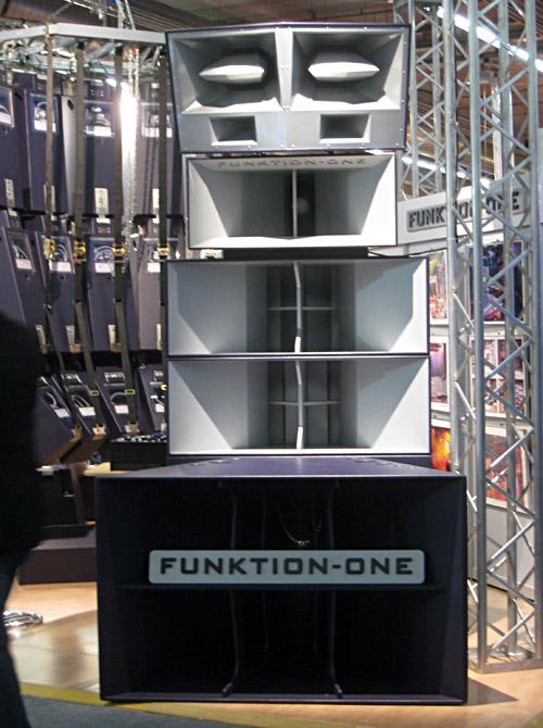 Lautsprecherstack von Function one