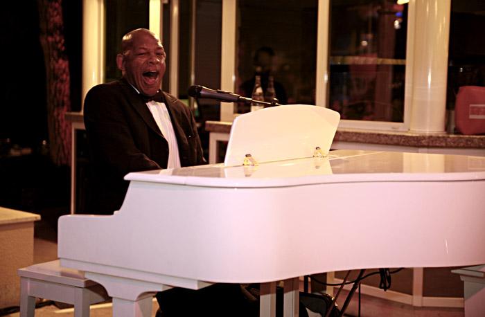Pianist während des Abendessens; Copyright: Messe Berlin