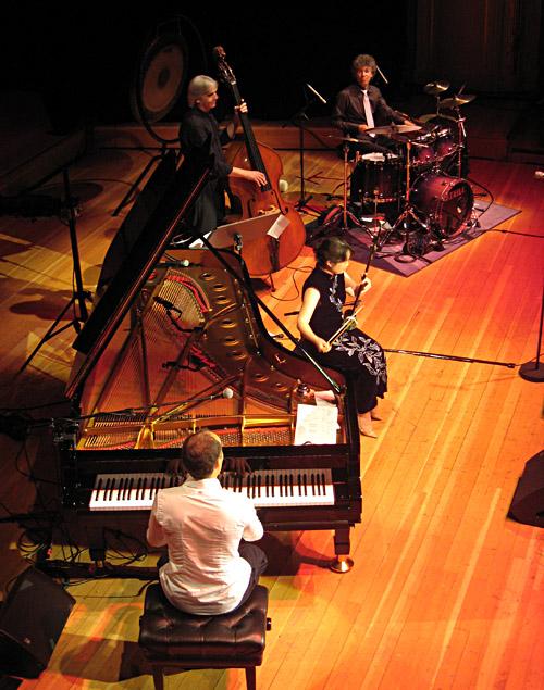 Ying Liu beim Konzert von Joja Wendt in der Musikhalle/Laeiszhalle Hamburg