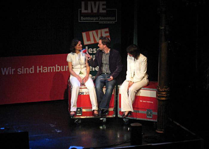 Fjarill im Gespräch mit Christian Buhk bei Hamburg Sounds im Tivoli