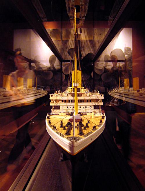 Ein Modell der Titanic in der Ausstellung in Kiel