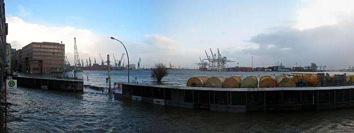 Sturmflut in Hamburg; Bild größerklickbar