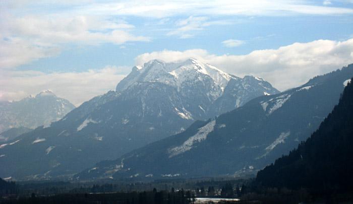 Blick auf die Berge während der Heimfahrt