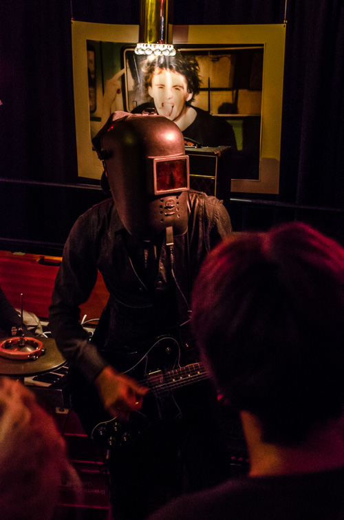 The Cyborgs in der 7180 Bar