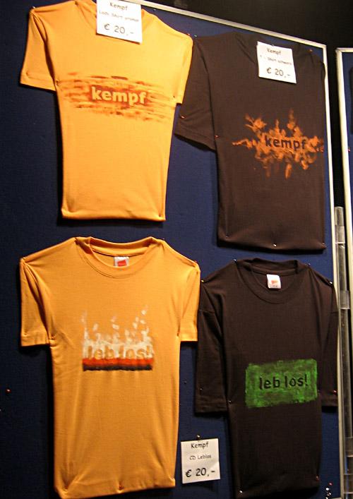 Shirts der Band Kempf