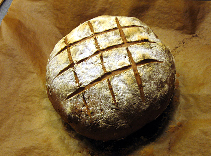 mein frisch gebackenes Brot