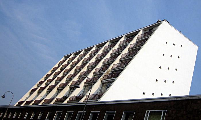 Seitengebäude der Oper Köln